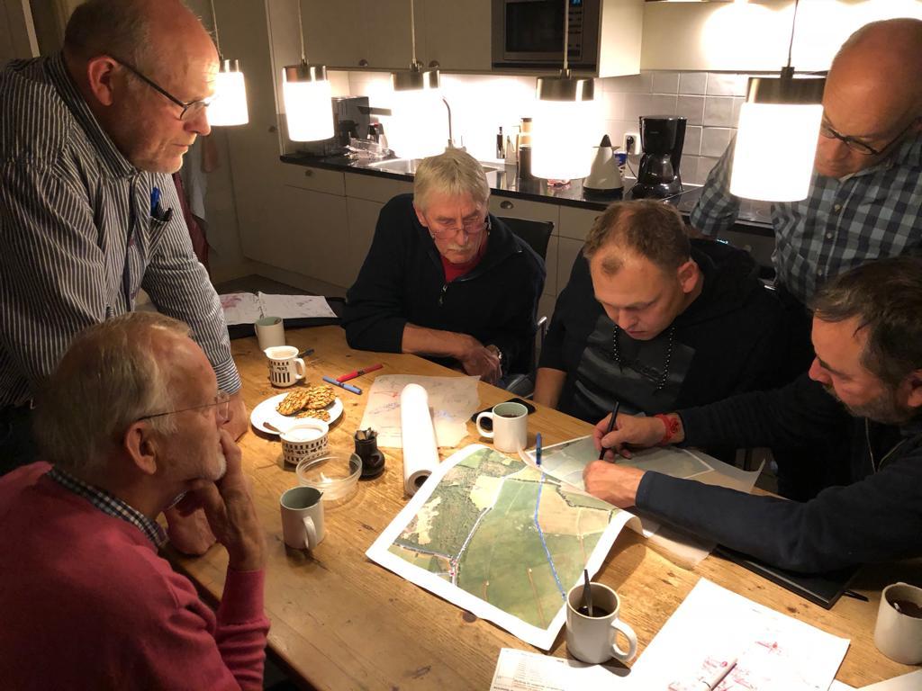 De decorcommissie van De Toorn van Thunaer volop in overleg