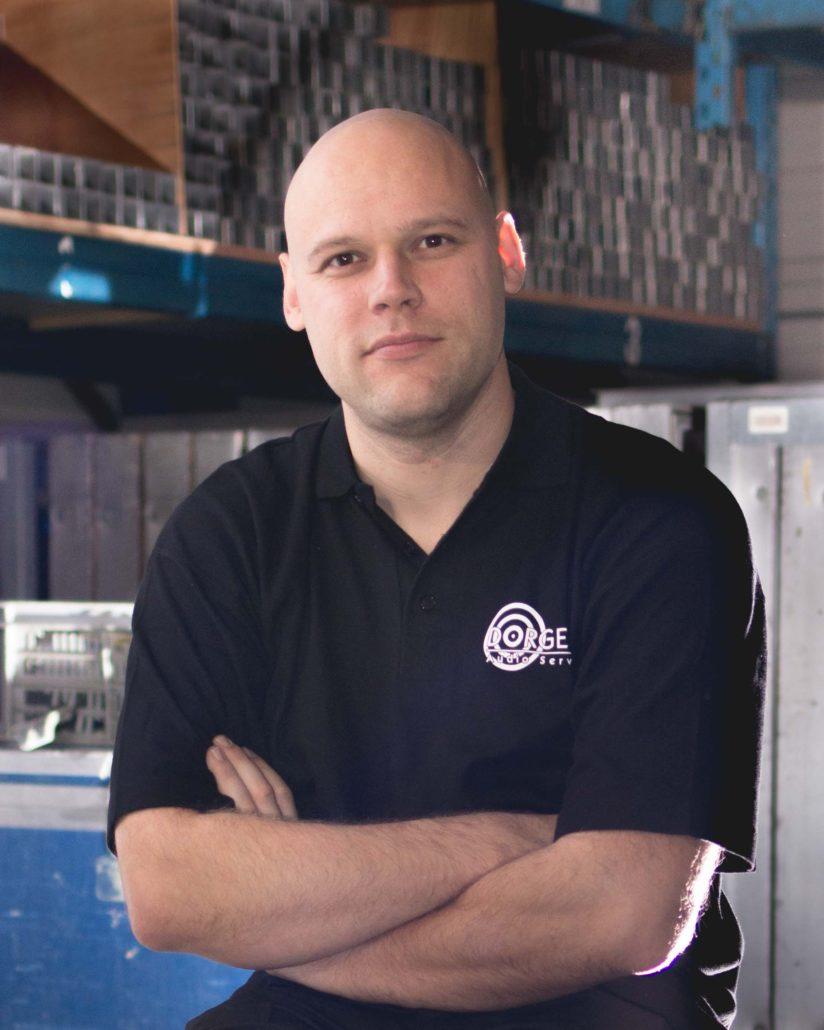 Bart Kruimink, voorzitter Excelsior en geluidstechnicus bij de TvT